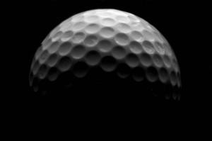golf ball low res1 300x199 Por qué las pelotas de golf no son lisas.
